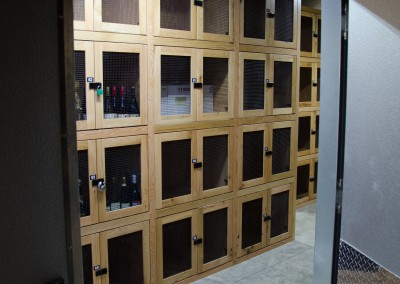 Small wine lockers